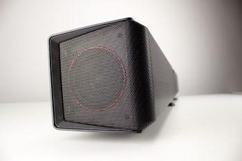 Seitlicher Lautsprecher der Soundbar